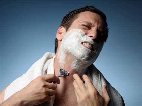 acne caused by shaving picture 11