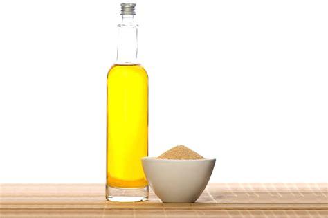 Olive oil and sugar lip therapy picture 4