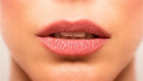 cancer on lips picture 9