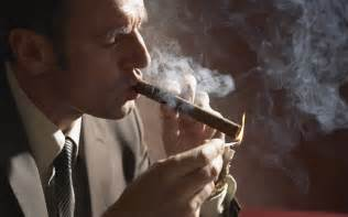 men who smoke cigars picture 6