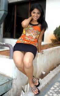 south indian girls boob panty hip side view picture 19