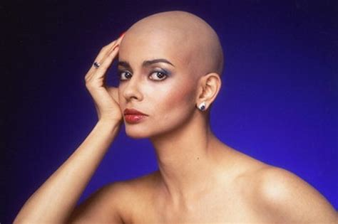 indian women head shave com picture 6