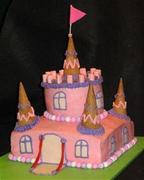 castle cake that looks like penis picture 2