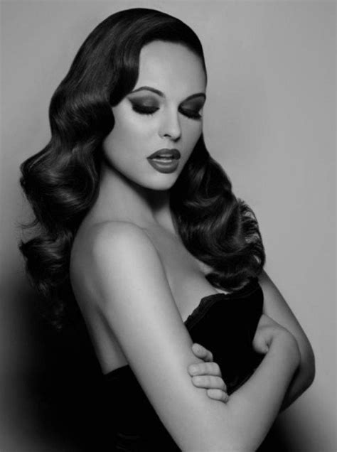 smooth sleek sexy glam prom hair picture 8