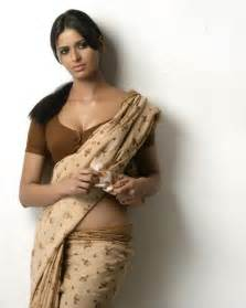 tamil women sex pictures in blouse and saree picture 15