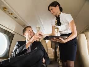 flight attendant taking hoodia picture 9