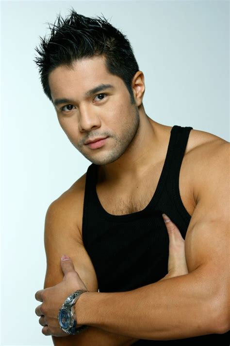 pinoy muscle men hunk picture 6