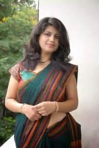 indian crossdress male ing sari,bra and blouse in picture 9