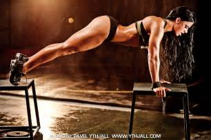 sexy strong sport women picture 5