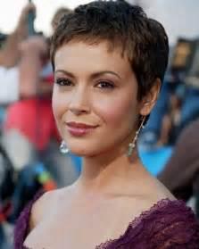 alyssa milano short hair picture 3