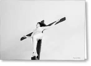 art fine america female crucifixion picture 2
