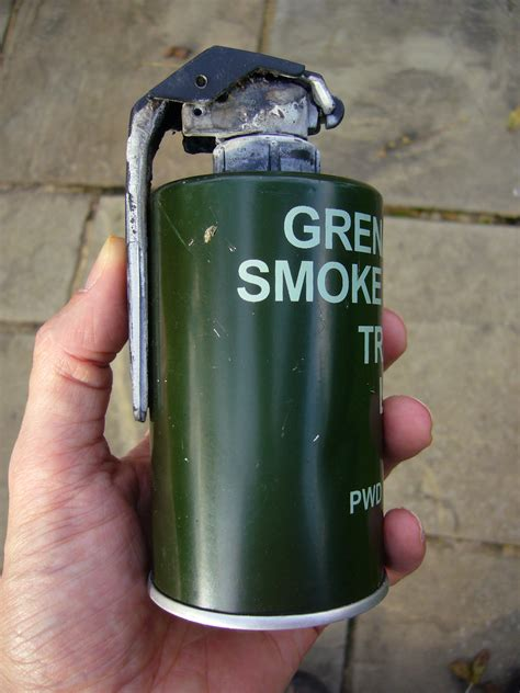 smoke grenades picture 3