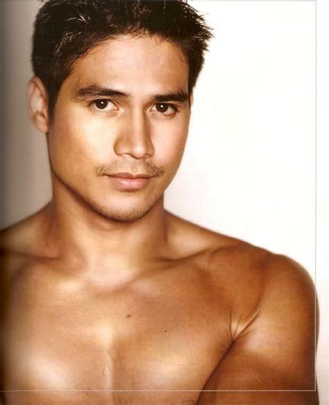 you filipino male artist scandal picture 1