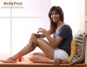 sexy pakistani women sexiest feet:stories in hindi picture 9