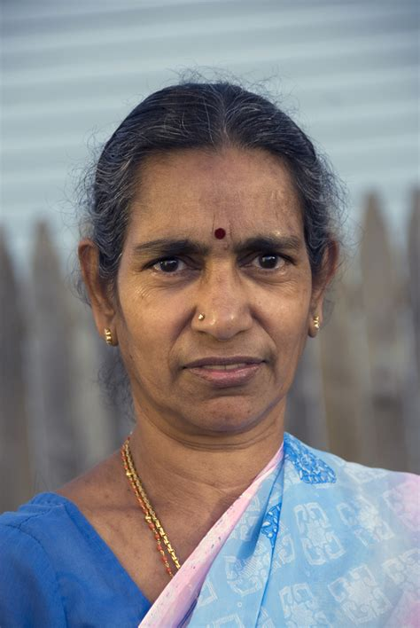 indian old women picture 10