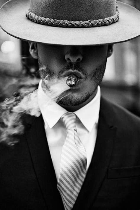 men who smoke cigars picture 3