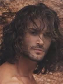 men's long hair picture 6