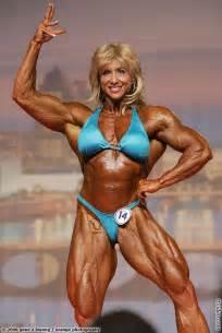 female bodybuilder picture 15