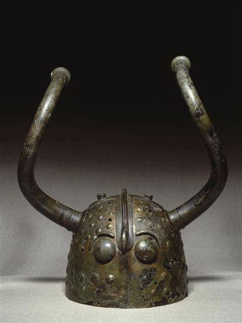 aging helmets picture 17