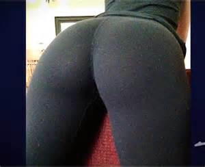 light skin enony in yoga pants picture 6