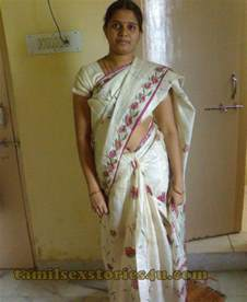 indian real life aunty search picture 11
