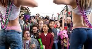 women men flashing street fairs picture 18
