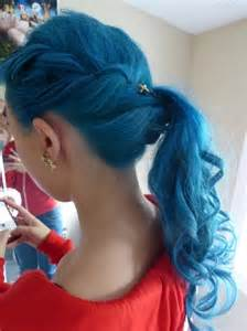 blue hair picture 3