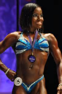 black female bodybuilder picture 5