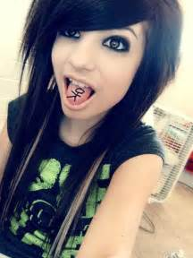emo hair styles for girls picture 11