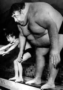 bokep big women vs small man picture 6