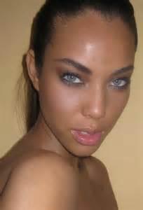 dark skin latinas pics picture 11