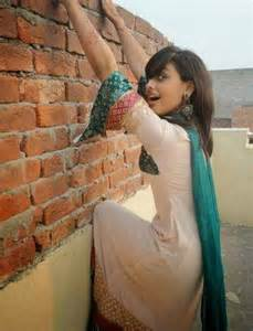 watch all desi scandal online picture 15