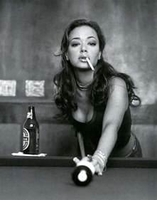 women who like to smoke sexy picture 18