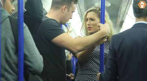 touch bus grope 3gpking picture 14