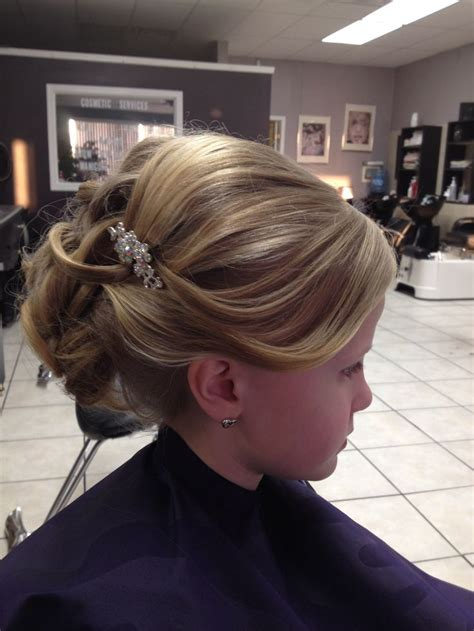 communion hair picture 15