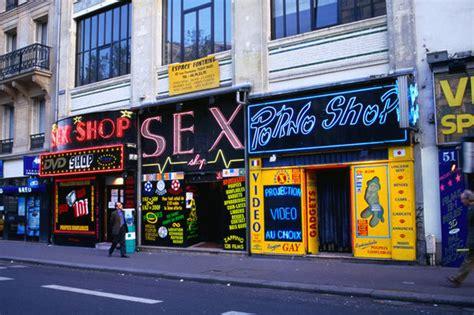 dada poti sex store . picture 10