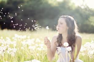 women's with dandelions picture 2