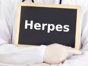 can men and woman with genital herpes have picture 15