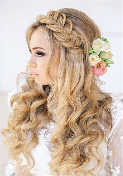 Best hair style for prom night picture 2