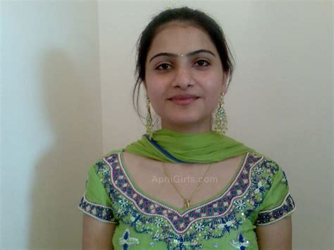 chudai aunty tips in urdu picture 10