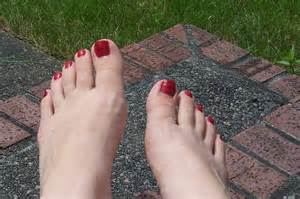 clear feet nails picture 17