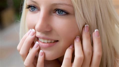 white hands tips in urdu picture 11