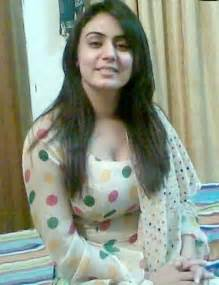 pakistani girls tight salwar body visible picture 12