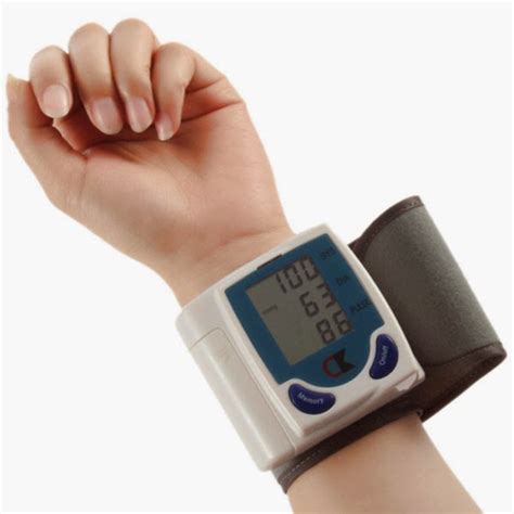 How to use a traditional blood pressure cuff picture 2