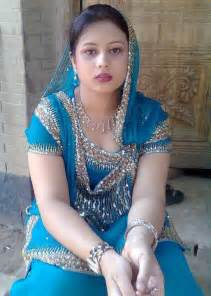 pakistani girls tight salwar body visible picture 9