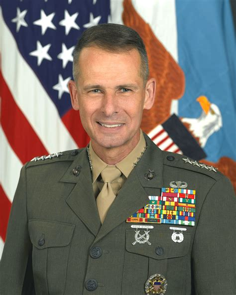 general pace joint chiefs bio picture 1