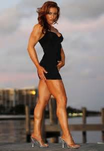 woman with muscular calves picture 2