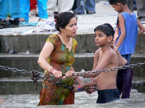 free latest river bath hidden sex picture picture 5