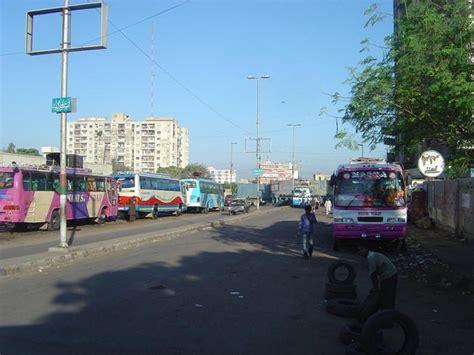 karachi ma bus ma chodi picture 1