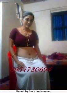 hindi sex kahani aunty ke blouse shop picture 3